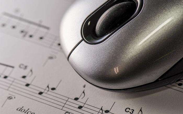 Осуществляем процесс склеивания музыки онлайн